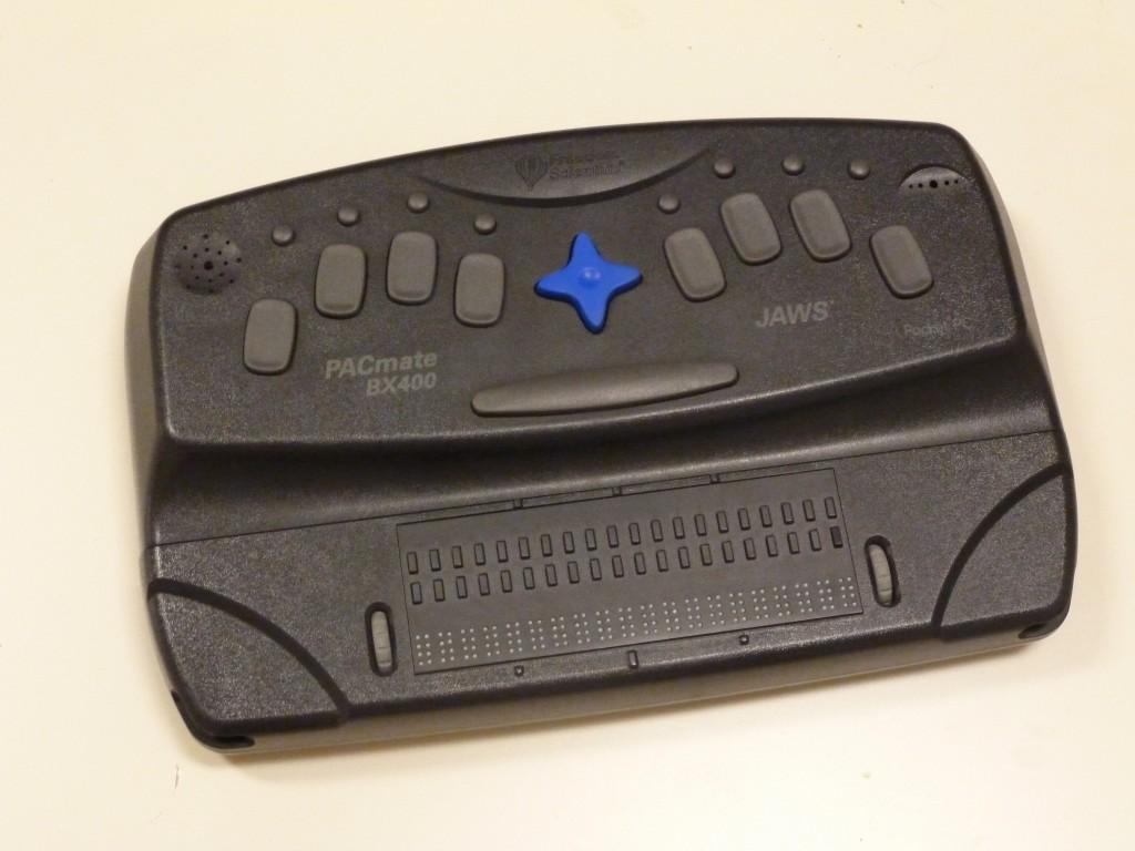 PacMate BX400 med braille display