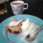 Bild: Hallonkola kaka med glass