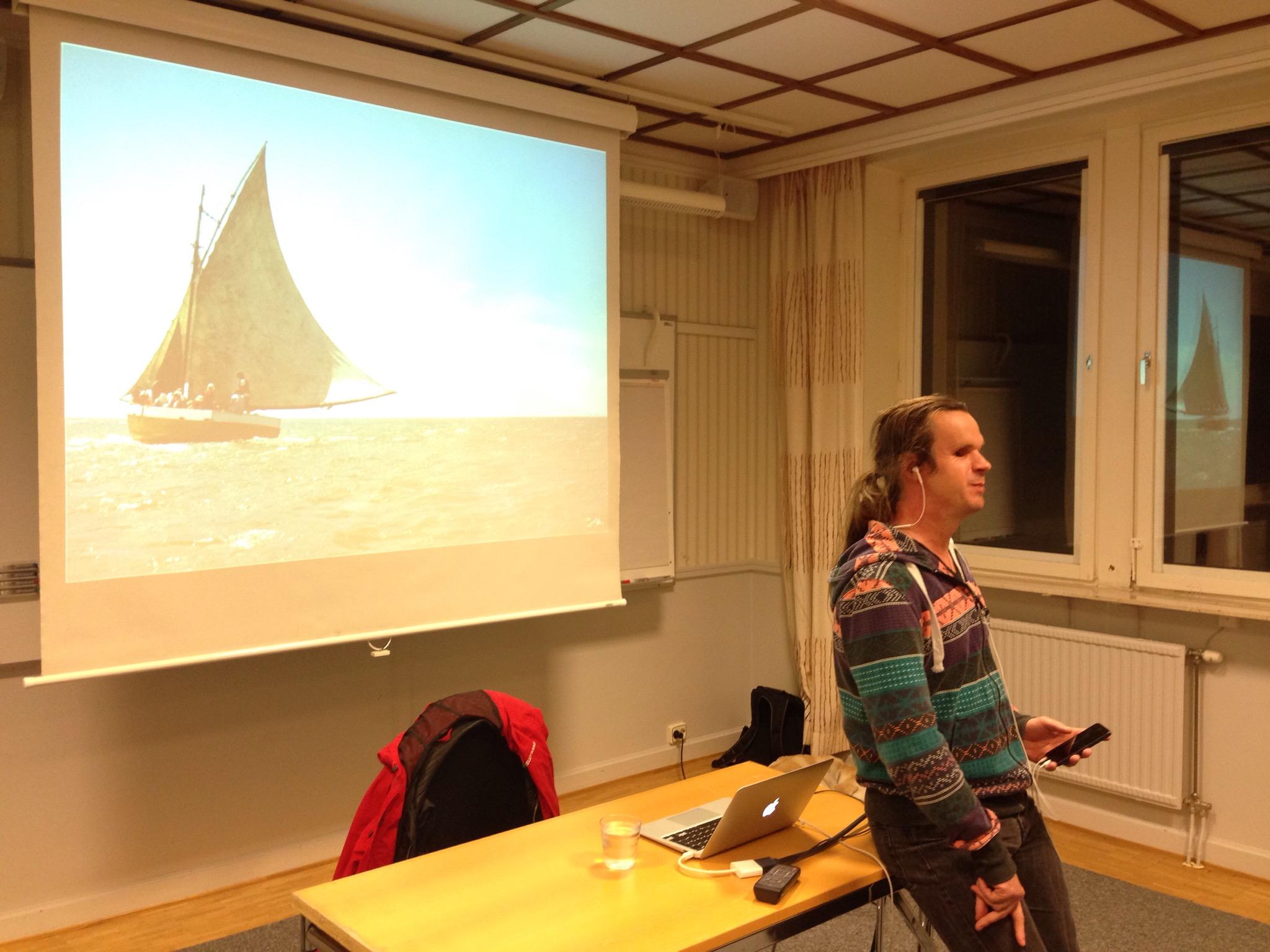 Bild: Joakim Nömell föreläser på Almåsa Konferens